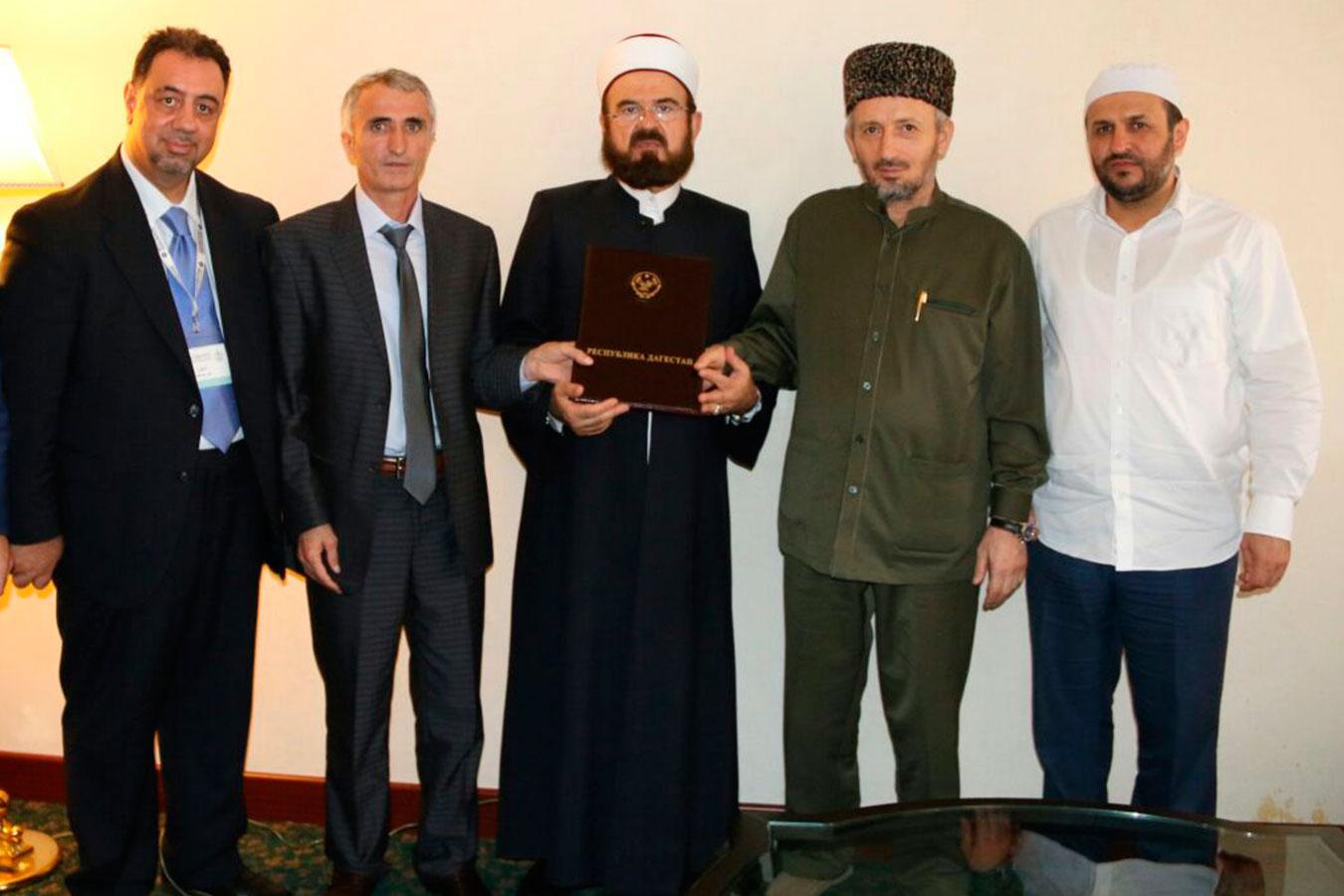 Декларация ВСМУ: законопослушание, интеграция, неприятие экстремизма