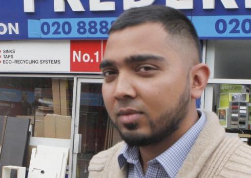Таксист-мусульманин Рахман