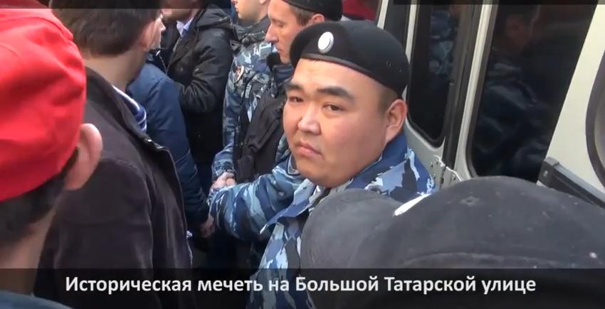 Лица московского ОМОНа
