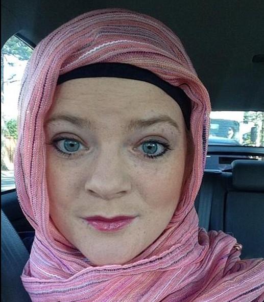 Христианка неделю ходила в хиджабе из солидарности