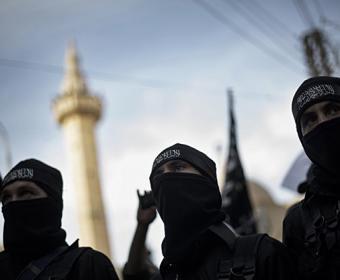 Исламская идея привлекает тысячи добровольцев