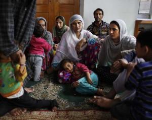 Бедствующие индуисты нашли приют в мечети