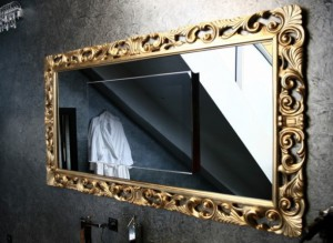 Отмываем зеркало без использования химических средств