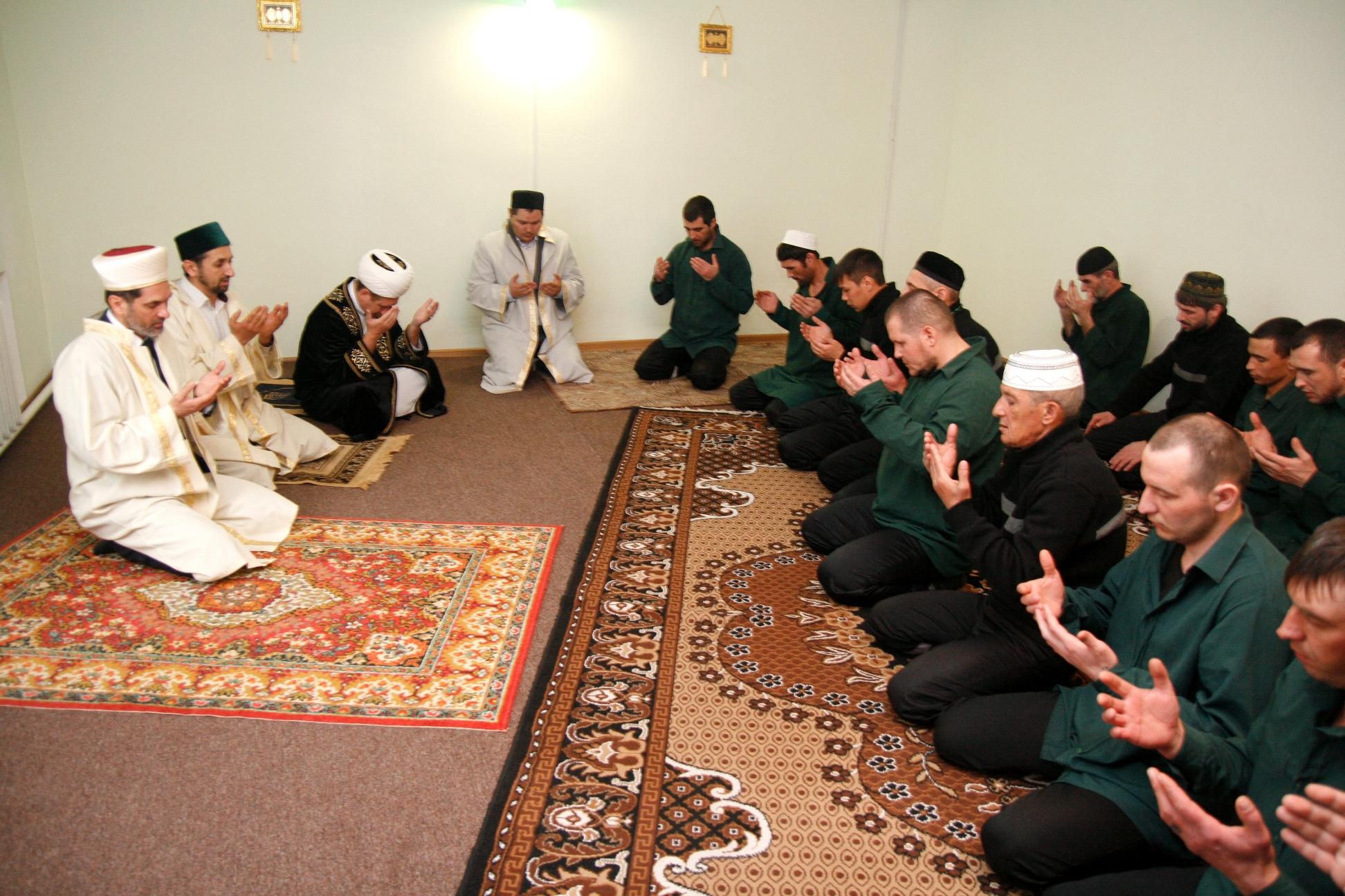 Мусульманский почин подхватили православные