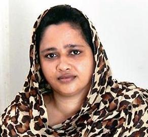 Мусульманка заботится о 14 индуистских детях с ВИЧ