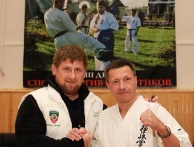 Кадыров доборолся до черного пояса