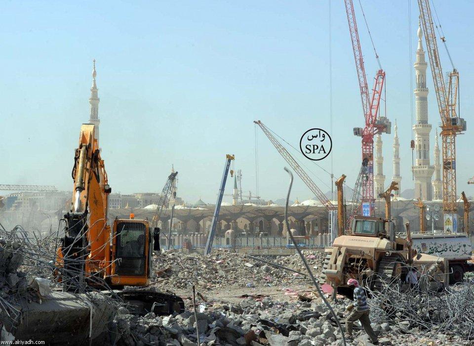 Реконструкция мечети Пророка идет полным ходом (ФОТО)