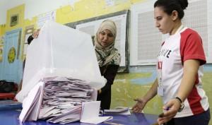 Исламская партия Туниса сдала свои позиции