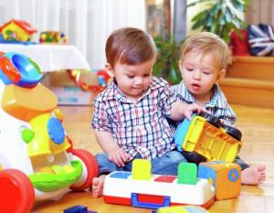 Немногодетные москвички смогут создавать детсады на дому