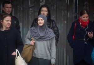Облачившаяся в хиджаб журналистка поразилась толерантности москвичей