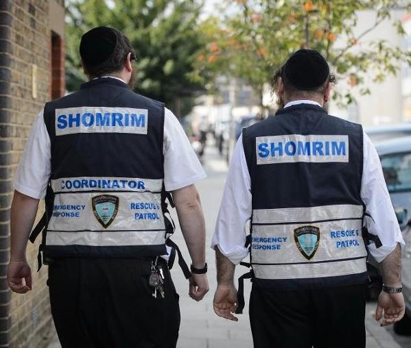 Иудейский патруль охраняет мусульман на улицах Лондона