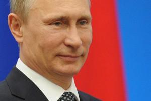 В глазах россиян Путин стал символом страны