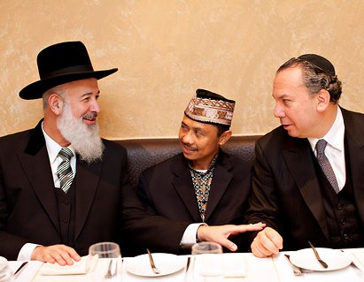 Седер в мечети, ифтар в синагоге?