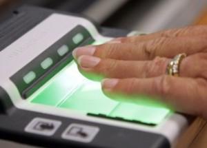 МВД и ФМС одобрили взятие отпечатков пальцев у всех россиян