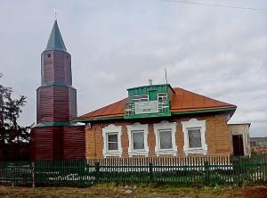 У мечети с простреленным полумесяцем в Сибири появился минарет
