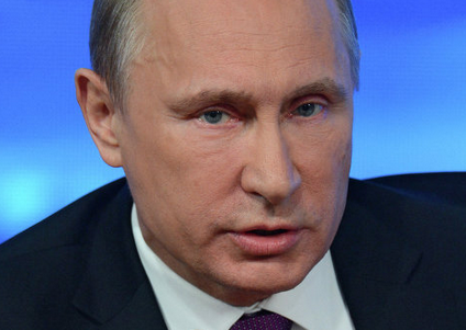 Путин об отношениях с Западом: медведя хотят посадить на цепь и сделать чучело