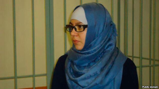Мусульманку судяд за неприятие Нового года