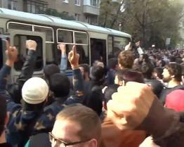 Прихожанина московской мечети отправили в колонию за наезд на омоновца