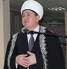 Коллеги Хафизова сомниваются, что он решит вопрос с радикализмом