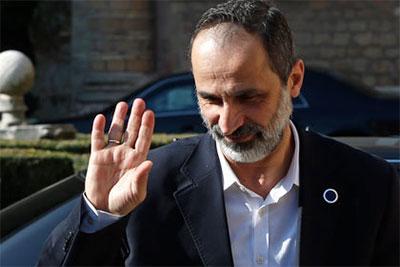Шейх Муаз аль-Хатыб - один из наиболее влиятельных оппозиционных лидеров Сирии