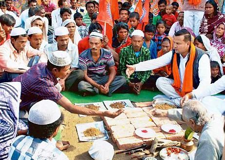 """Индуисты грозят """"очистить"""" Индию от христиан и мусульман к 2021 году"""