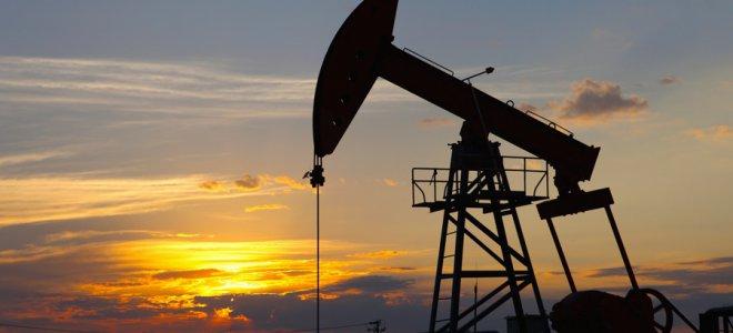 Удешевление нефти оказывает давление на российский рубль