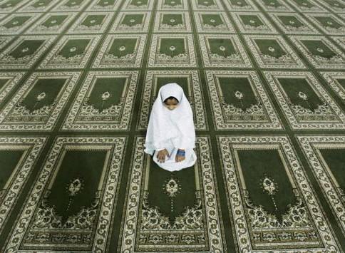 Юная леди временно исполнит обязанности имама Магадана
