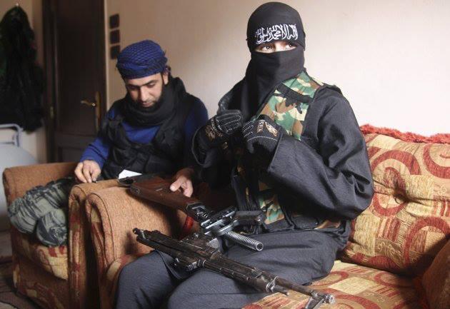 Жены джихадистов вынуждены стойко переносить все тяготы войны