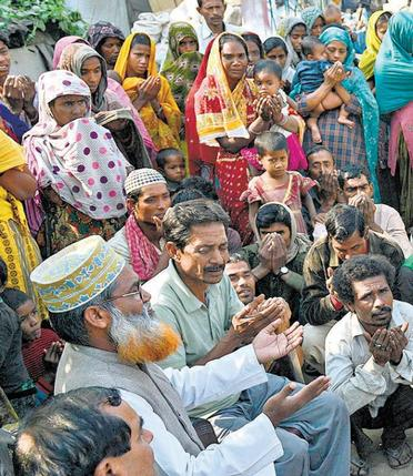 Имамы разобрались с фальшивым «обращением в индуизм» 200 мусульман