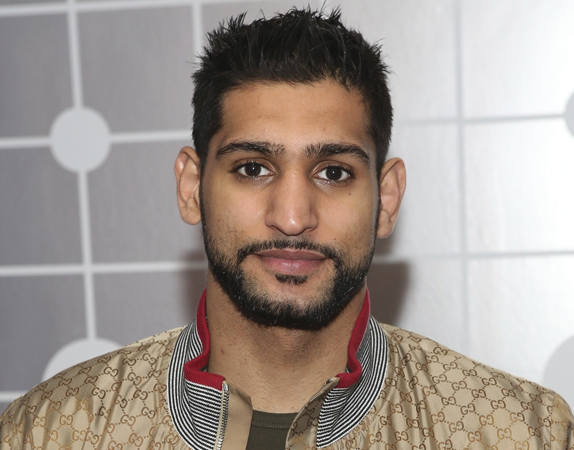 Звезда бокса приедет в Пакистан на место теракта
