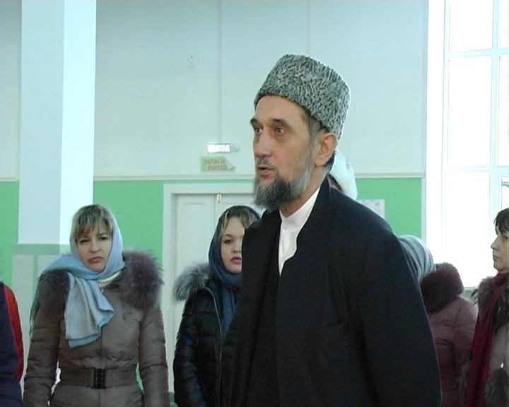 Для силовиков  провели  экскурсию по соборной мечети Самары