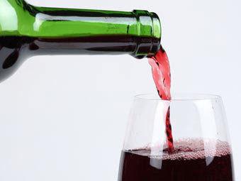 Реклама алкоголя расколола Госдуму