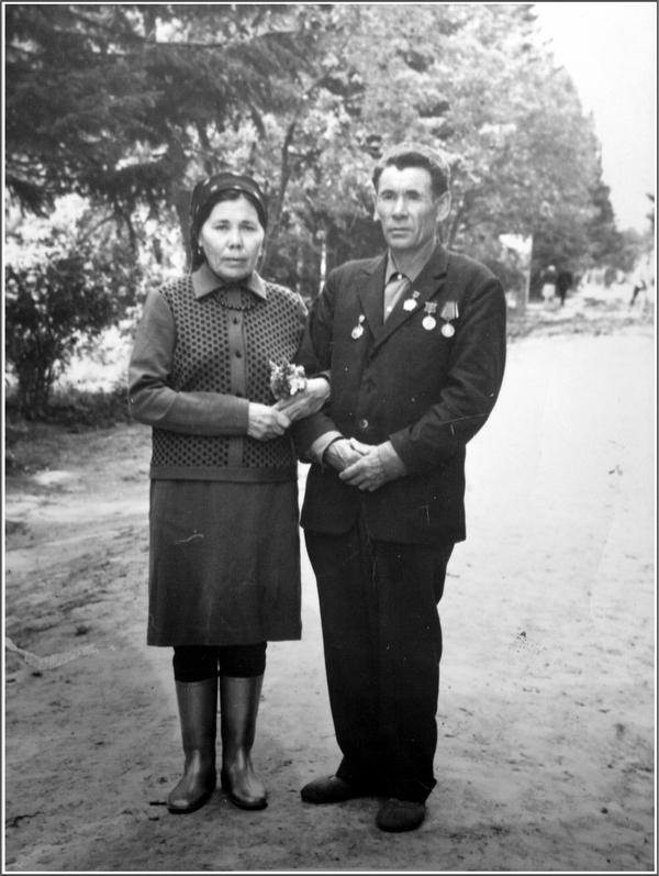 Абайдуллин Ахат Азанович с супругой