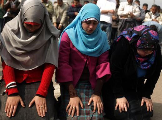 Власти Египта объявили о наборе женщин-проповедниц в мечети
