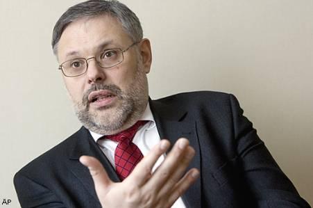 Российский экономист увидел в парижском теракте след Израиля и Саудовской Аравии