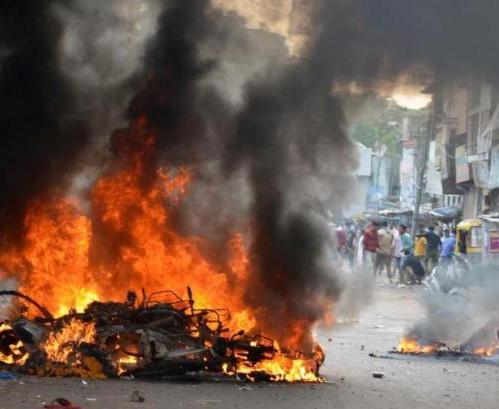 Воинствующие индуисты сожгли мусульманское село, заживо сгорели люди