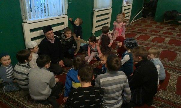 Юные мусульмане познакомились с наследием великого татарского богослова