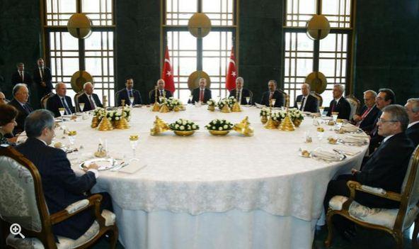 Президент Турции призвал ЕС бороться с исламофобией