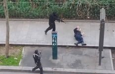 Террорист убивает французского полицейского мусульманина