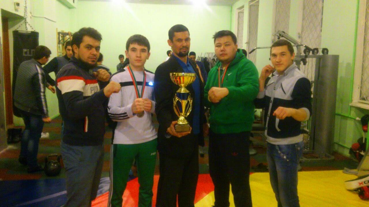 Кикбоксеры исламского института победили в первенстве Татарстана