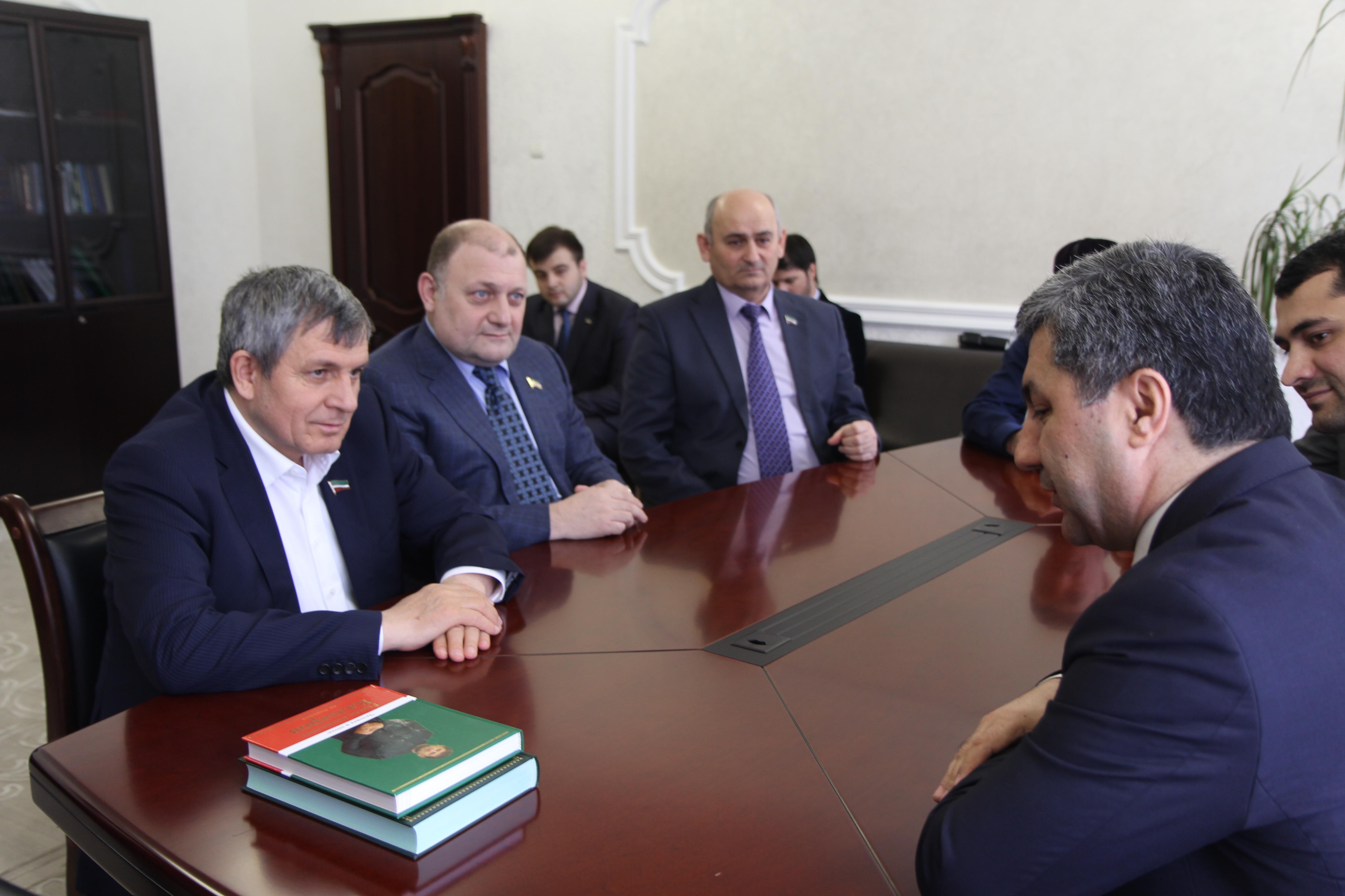 Встреча лидера ПИВТ с главой парламент Чечни Дуквахой Абдурахмановым
