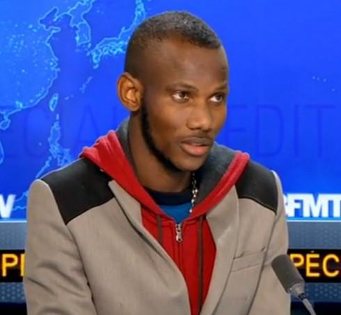 200 000 французов призвали дать гражданство и орден герою-мусульманину из Мали