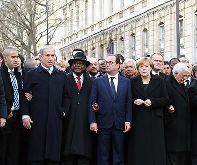 """Охрана Нетаньяху  """"доставала"""" французского премьера в синагоге"""