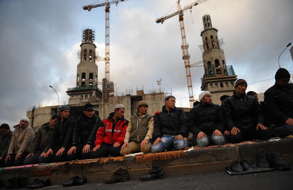 В Москве обсудят отношения старых и новых мусульман