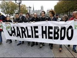 """Хлеба и зрелищ: Charlie Hebdo """"выстрелит"""" порцией карикатур на Пророка"""