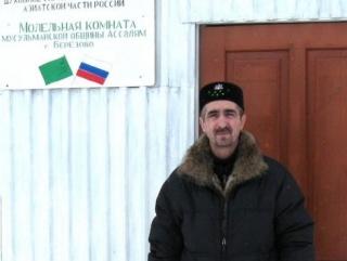 В ХМАО духовного лидера мусульман вызвали в полицию по делу о поджоге православной школы
