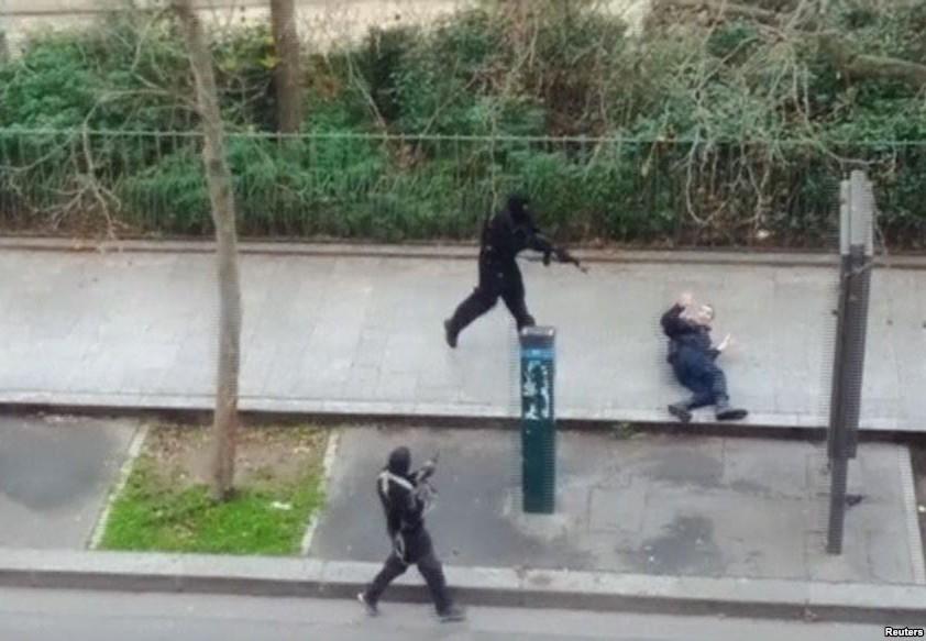 Монетизация смерти: Charlie Hebdo подсчитывает прибыли
