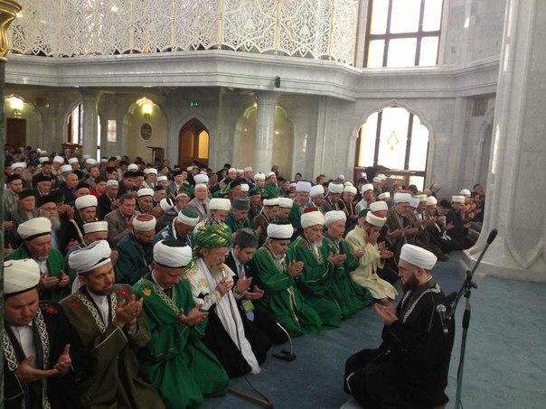Молячщиеся мусульмане