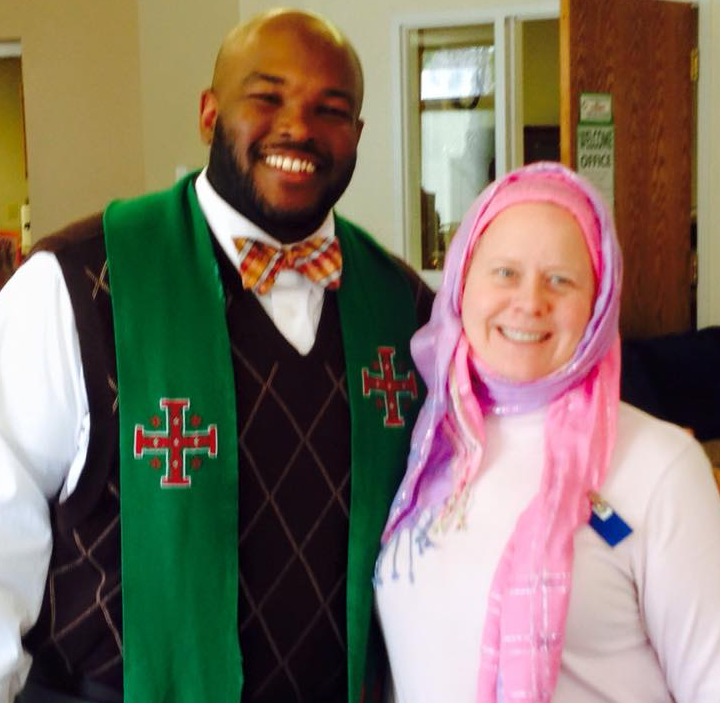 Священники благословили христианок на хиджаб (ФОТО)