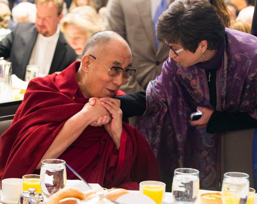 Далай-лама: Ислам несправедливо чернят